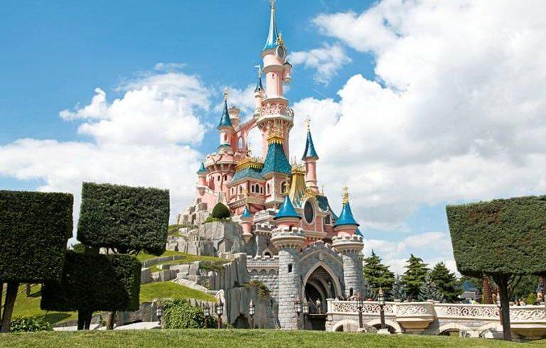 Disneyland Resort Paris apre i suoi cancelli agli italiani 2016