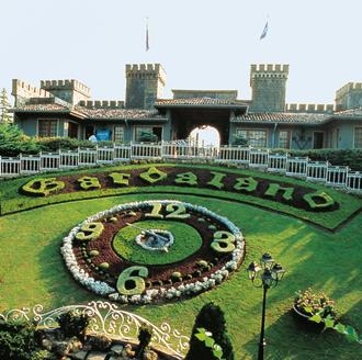 Gardaland: posizioni aperte per la stagione di apertura del Resort