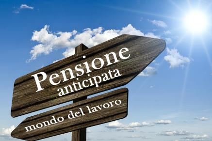 Pensioni, anticipo con taglio del 15%. Aiuti ai lavoratori svantaggiati