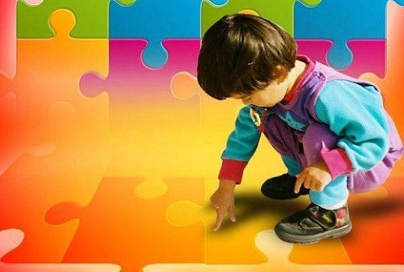 """Curare i genitori per """"guarire"""" dall'autismo: il metodo Tartaruga"""